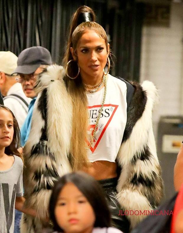 Jennifer Lopez e a filha, Emme (Foto: Reprodução/Instagram)