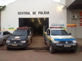 40ecda26291 Tia e adolescente foram encaminhados para Central de Polícia em Porto Velho  (Foto  Matheus Advogado foi ...