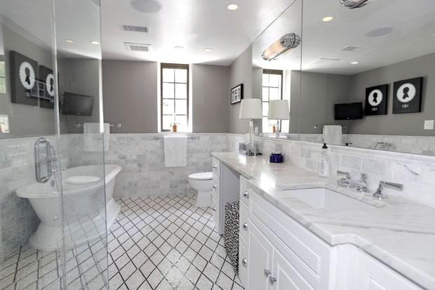 E oito banheiros (Foto: Reprodução)