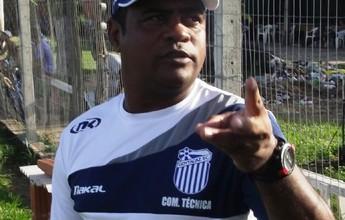 """Goyta pega o Itaboraí com mudanças, e Mauro afirma: """"Esquecer a estreia"""""""