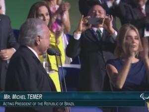 Transmissão oficial da abertura da Paralimpíada chamou Temer de 'presidente em exercício' (Foto: Reprodução/TV Globo)