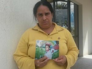 Mãe procura filho que desapareceu no Jardim Aureny III, em Palmas (Foto: Jesana de Jesus/G1)