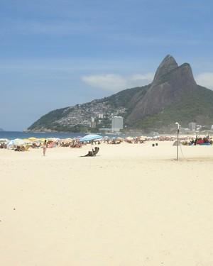 Teliana Pereira tênis praia de Ipanema (Foto: Thiago Quintella)