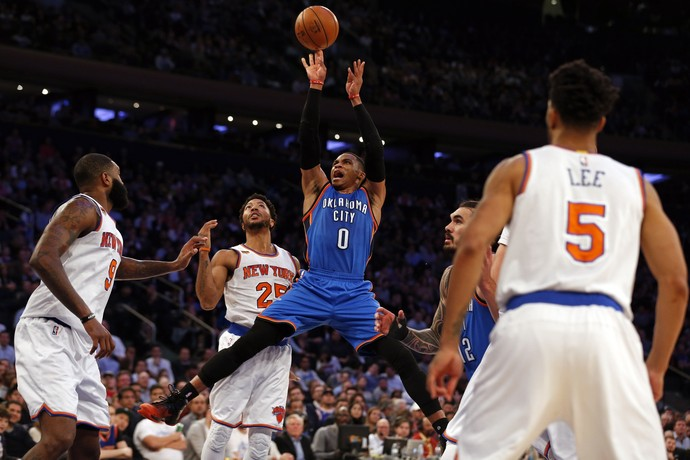 Russell Westbrook no jogo do Thunder contra os Knicks (Foto: Reuters)