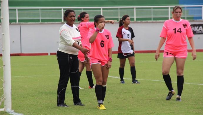 Goleira Janete Patrícia, a Vovózona, Veneza futebol feminino acre (Foto: João Paulo Maia)