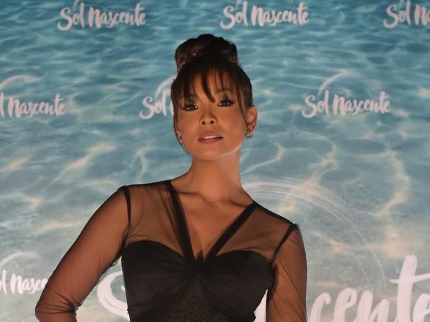 Carol Nakamura estreia como atriz na novela Sol Nascente (Foto: Globo / Estevam Avellar)