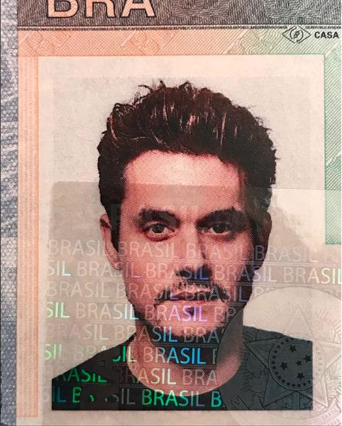 John Mayer postou foto do visto brasileiro no Instagram (Foto: Reprodução)