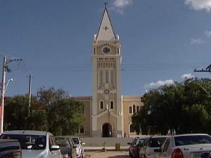 Revitalização da Igreja da Matriz em Araxá é concluída (Foto: Reprodução/TV Integração)