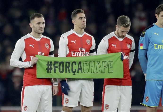 Gabriel Paulista Chapecoense Arsenal (Foto: AP)