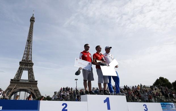 raden Gellenthien Martin Damsbo Sergio Pagni arco paris (Foto: AFP)