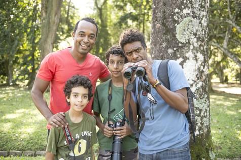 Hélio de la Peña grava com os filhos (Foto: Renato Rocha Miranda/TV Globo)