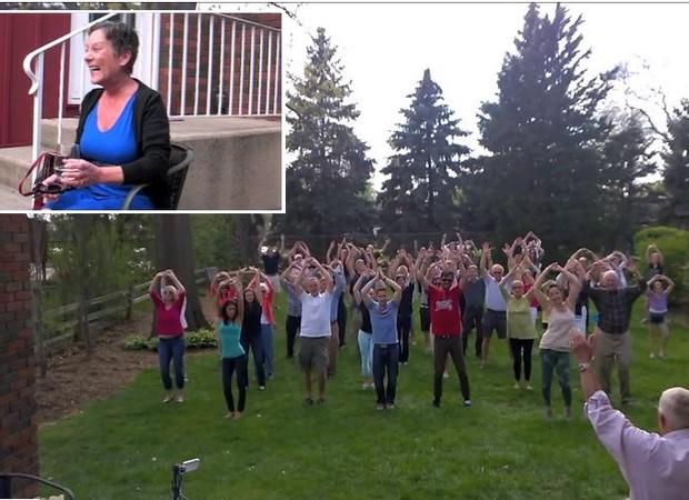 Família e amigos homenageiam norte-americana com câncer em flash mob emocionante