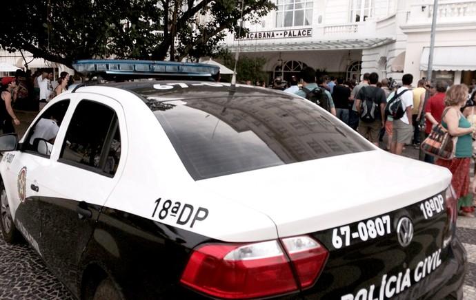polícia no Copacabana Palace hotel (Foto: Edgard Maciel de Sá)