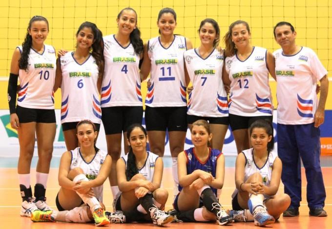 Seleção maranhense de vôlei juvenil feminino joga Brasileiro no Rio de janeiro (Foto: Divulgação / FMV)