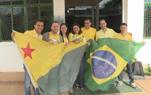 Equipe viajou para Manaus na tarde desta segunda (9) (Foto: Reprodução TV Acre)