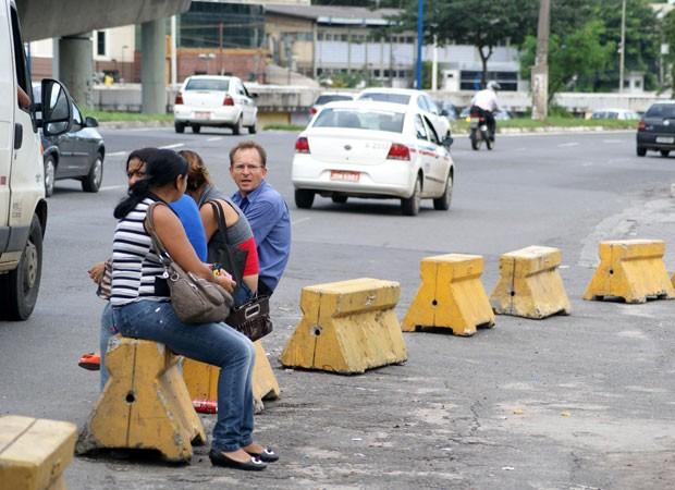 Passagem do transporte clandestino chega a custar R$ 3, diz usuário na BA (Foto: Egi Santana/ G1)
