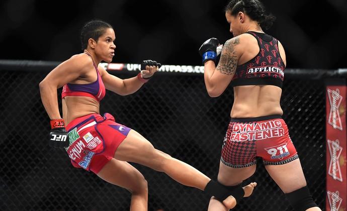 UFC Rio 6 - Amanda Nunes x Shayna Baszler (Foto: André Durão)