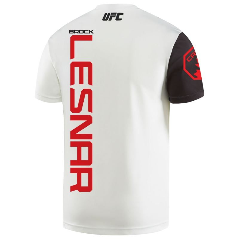 BLOG: Brock Lesnar vai utilizar camisa com escudo do Canadá em sua volta ao UFC