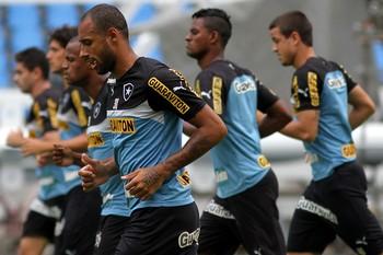 Bruno Correa treino Botafogo (Foto: Vitor Silva / SSPress)