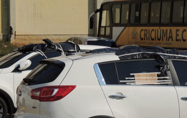 Criciúma carros (Foto: João Lucas Cardoso)