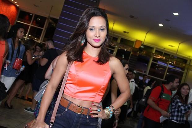 Thaissa Carvalho em pré-estreia no Rio (Foto: Claudio Andrade e Thyago Andrade / Foto Rio News)