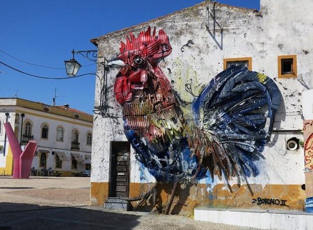 BordaloII-artista-portugûês-escultura-lixo-galo (Foto: Divulgação)