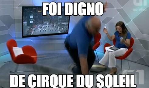 Canuto fez piada após levar um tombo durante a transmissão (Foto: G1)