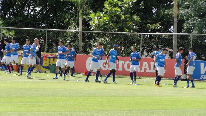 Treino do Cruzeiro na manhã deste sábado na Toca da Raposa II (Foto: Marco Antônio Astoni)