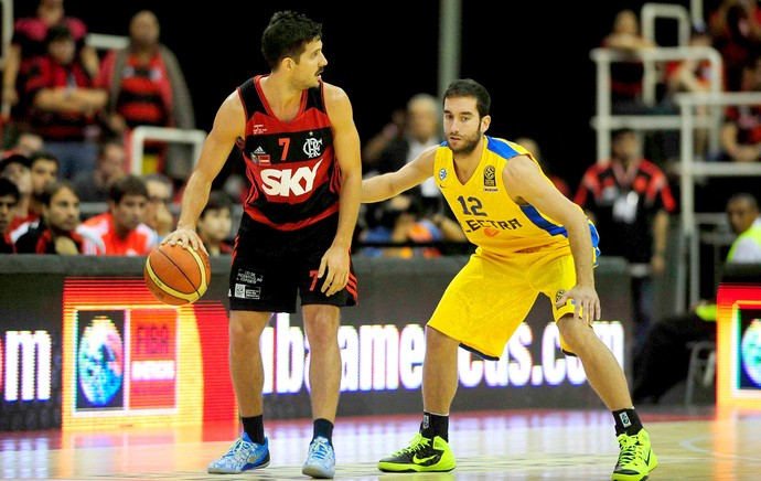 Final intercontinental de basquete Flamengo x Maccabi (Foto: Agência Estado)