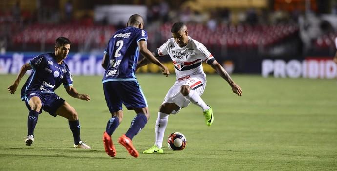 Júnior Tavares tem trauma no púbis e preocupa São Paulo