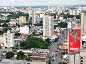 Região da Avenida Isaac Póvoas, uma das mais movimentadas no centro da capital. (Foto: Renê Dióz/G1)