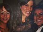 Ivete Sangalo posta foto do baú com Scheila Carvalho