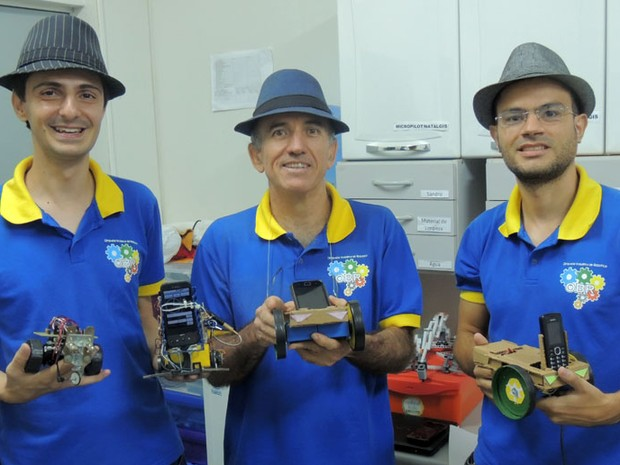 Pesquisadores da UFRN Rafael Aroca, Luiz Marcos Garcia Gonçalves e Aquiles Burlamaqui (Foto: Felipe Gibson/G1)