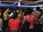 Milhares de pessoas enfrentam fila em busca de emprego em Goiânia