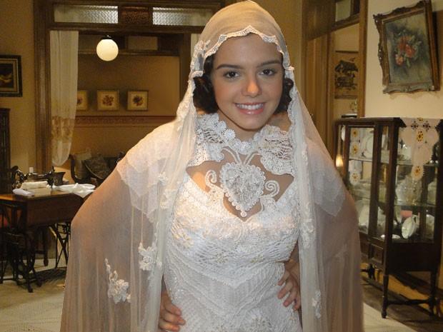 Giovanna Lancelotti se veste como noiva para o casamento de Lindinalva (Foto: Gabriela / TV Globo)