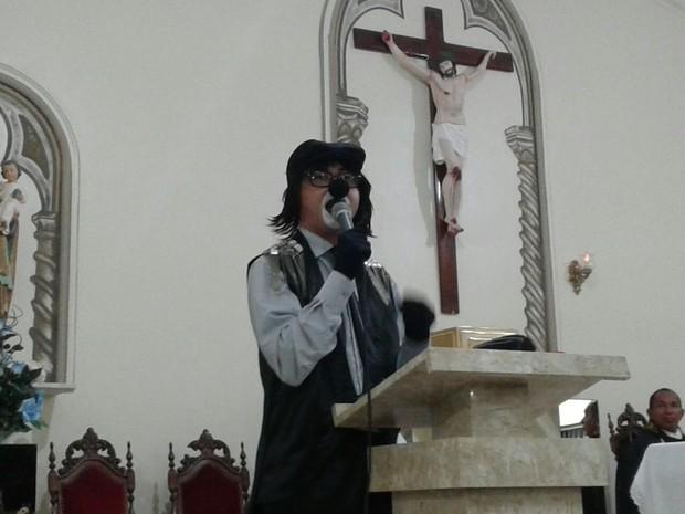 Palhaço Pirulito na missa de um mês de morte de Domingos Montagner (Foto: Arquivo Pessoal)