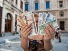 Para analistas, Raúl Castro faz aposta arriscada ao unificar moedas cubanas
