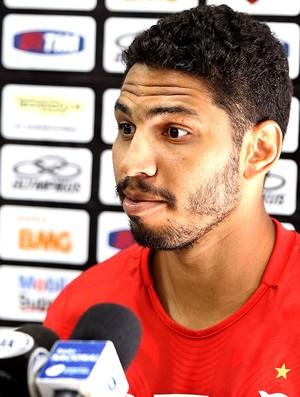Wallace no treino do Flamengo (Foto: Alexandre Cassiano / Ag. O Globo)