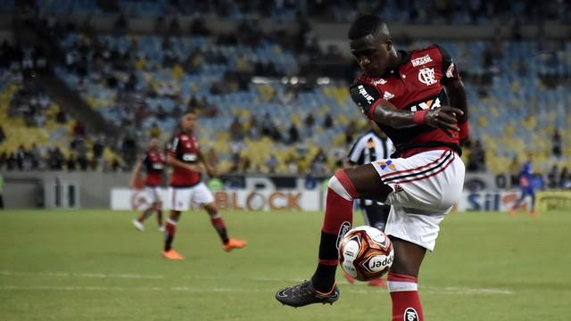 Flamengo x Botafogo - Campeonato Carioca 2017-2018 - globoesporte.com 89f9f014fdb2f