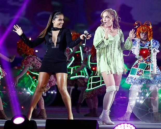 Angélica volta a encarnar a Fada Bela ao lado de Anitta (Foto: Raphael Dias / Gshow)