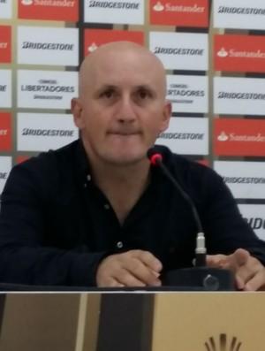 Pablo Repetto Técnico Olimpia (Foto: Felippe Costa)
