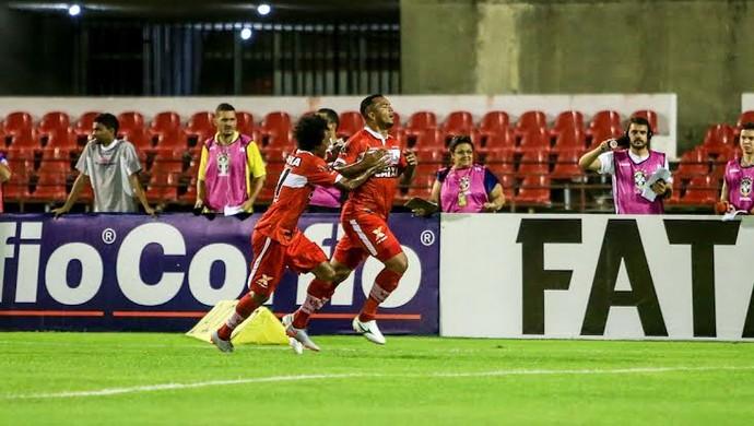 Zé Carlos, atacante do CRB (Foto: Ailton Cruz/Gazeta de Alagoas)