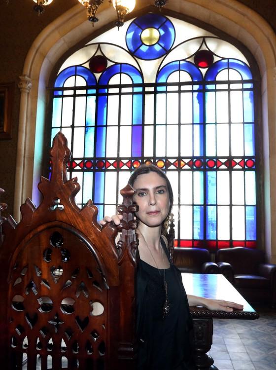A cantora, compositora e antologista Adriana Calcanhotto em 2016.  (Foto: Marcos Ramos/Agência O Globo)