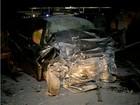 Homem morre após carro bater de frente com caminhão no Tocantins