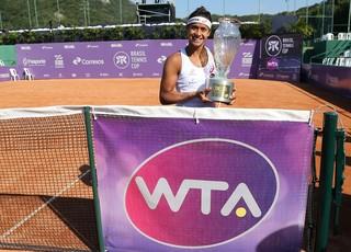 Teliana Pereira, campeã do WTA de Florianópolis (Foto: Divulgação CBT / Cristiano Andujar)