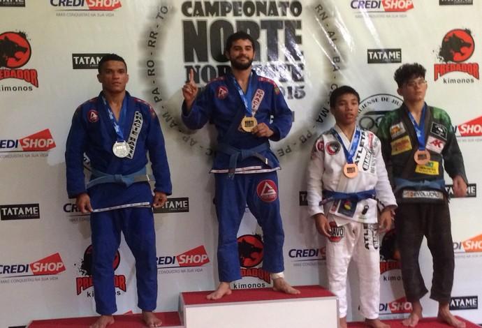 Francisco Bezerra pratica jiu-jítsu há mais de 4 anos, enfrentou 3 adversários de diferentes estados (Foto: Divulgação)