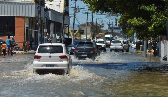Ruas alagadas em Itajaí
