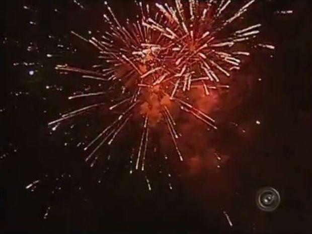 Festa da Virada em Bauru vai ter queima de fogos sem barulho pela primeira vez (Foto: Reprodução/TV TEM)