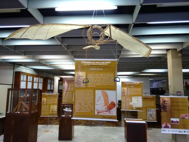 Algumas invenções, como o planador, são reproduzidas na mostra (Foto: Daniel Zadra/Divulgação UTFPR)