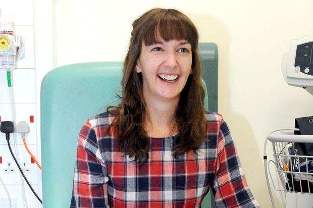Pauline Cafferkey em foto de 1º de janeiro (Foto: Lisa Ferguson/Scotland on Sunday/PA via AP)